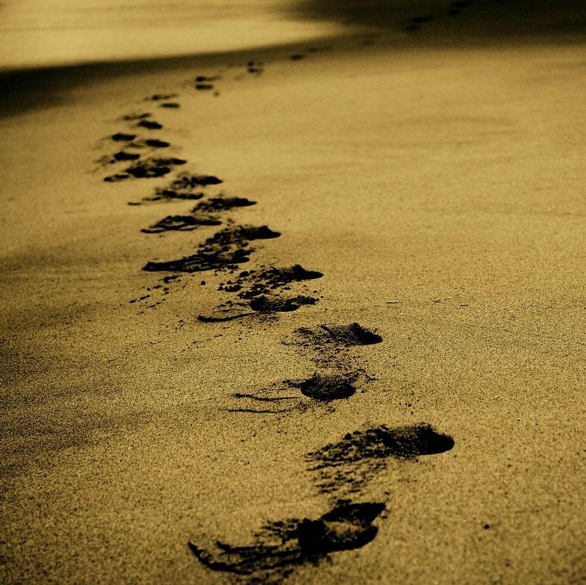 Fußspuren im Sand pixabay