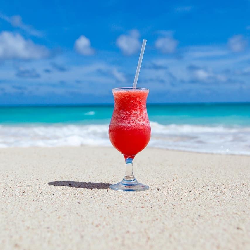 cocktail beach pixabay